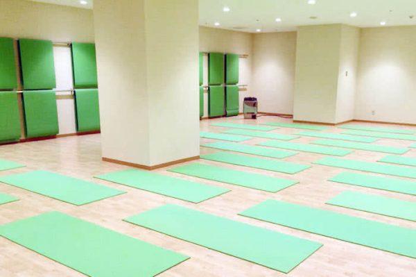 ホットヨガスタジオLOIVE姫路駅前店の店舗情報